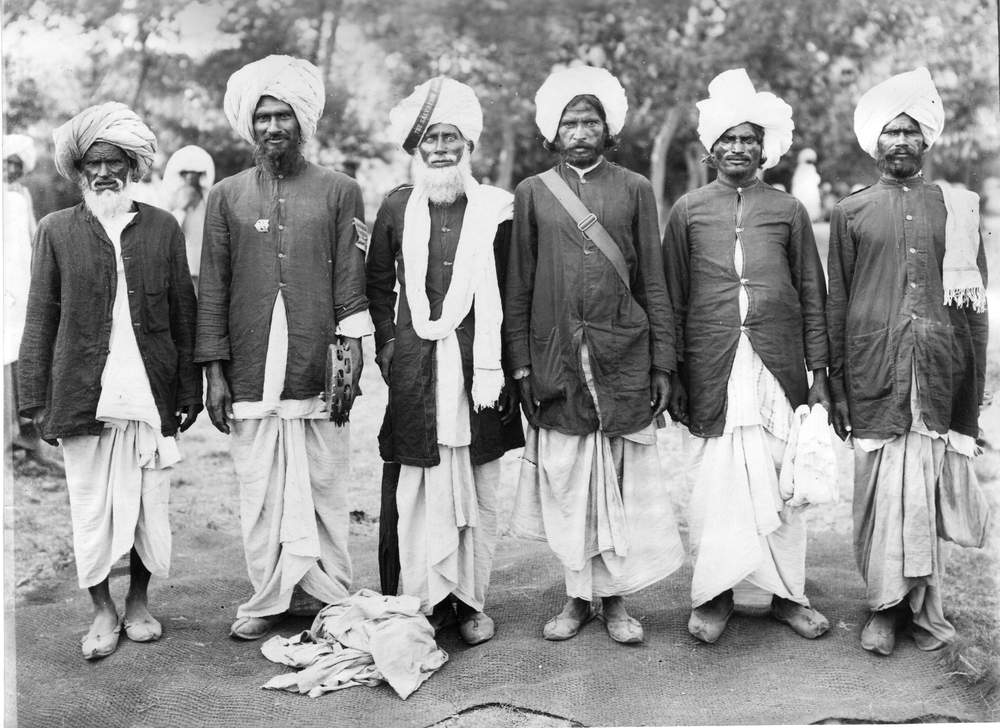 Early Salvationists in India (Photo: International Heritage Centre)